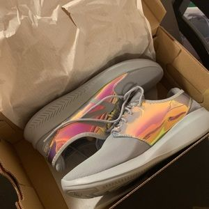 NWT New Balance Holograph Sneakers